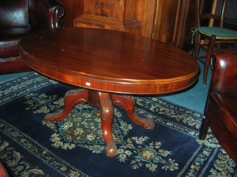 Massief mahoniehouten ovale tafel