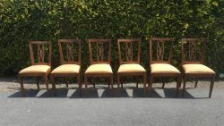Set van 6 iepenhouten eetkamerstoelen